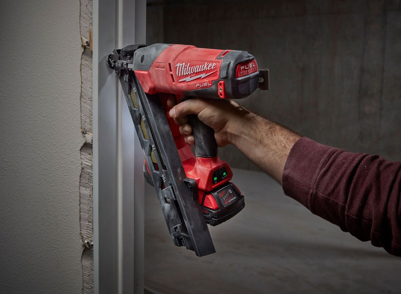 new milwaukee m18 fuel finish nailers preview - Milwaukee Framing Nailer