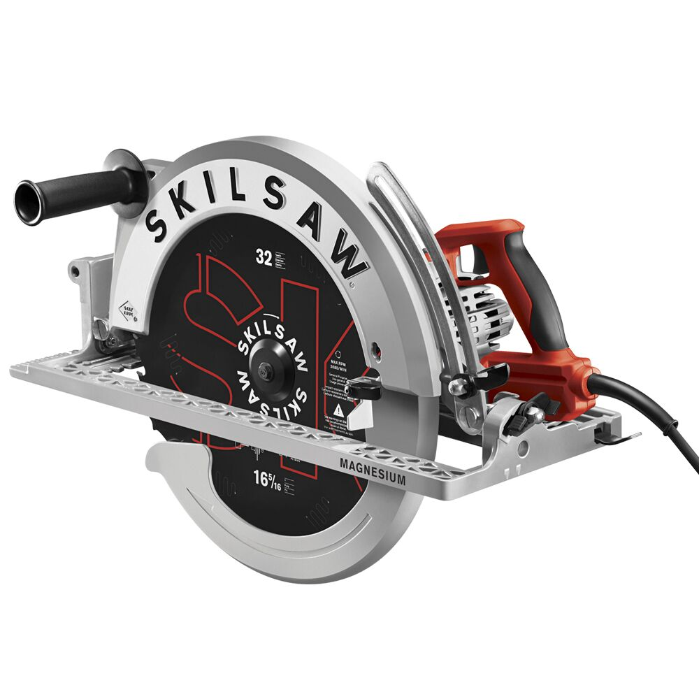 next bit of news is that skilsaw introduces a new super sawsquatch spt70v11 wormdrive circular saw featuring a inch blade