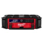 Milwaukee M18 PACKOUT Radio + Charger 2950-20