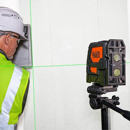 Klein Tools Laser Level Self Leveling Green Cross Line And Red Plumb Spot 93lclg Tool Craze